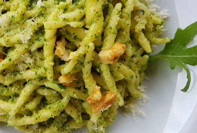 Trofie pasta with rocket pesto