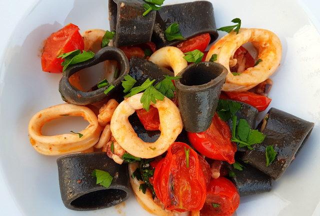 Seafood pasta recipes La Calamarata pasta recipe