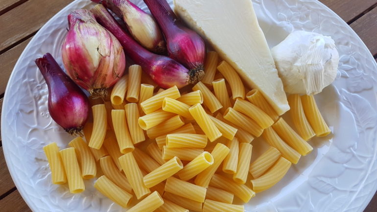 Elicoidali with tropea onions ingredients