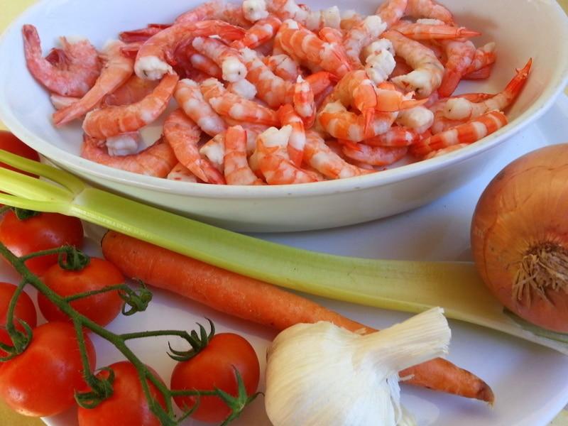 ingredients conchiglioni with prawns
