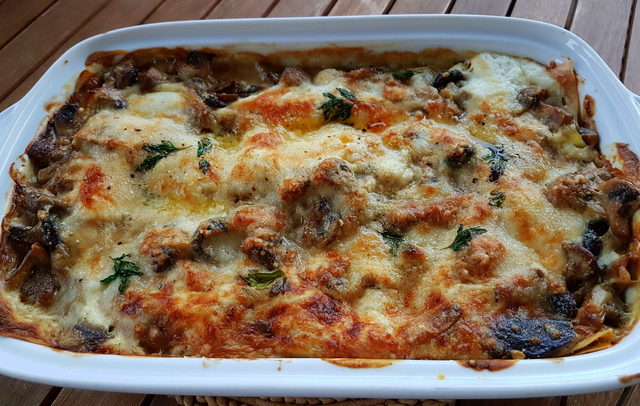 Lasagne al forno mushrooms and burrata