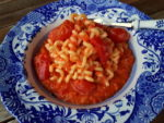 Long fusilli with roasted pepper sauce.
