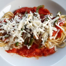 Spaghetti with green beans