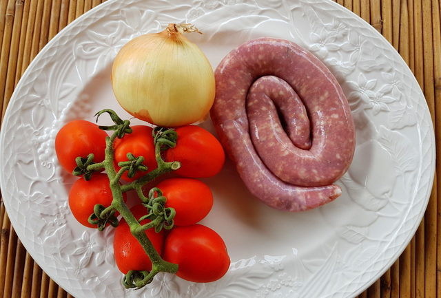 gramigna with sausage ingredients