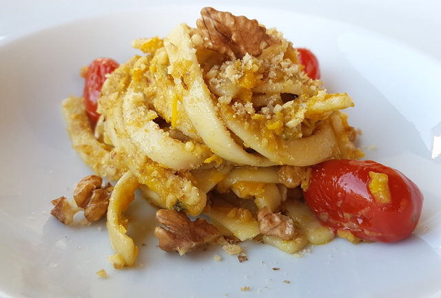 Scialatielli with yellow peppers, tomatoes & walnuts