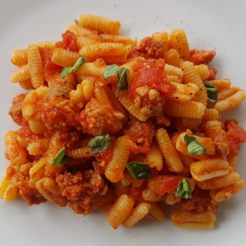 malloreddus with sausage, tomatoes and saffron alla Campidanese