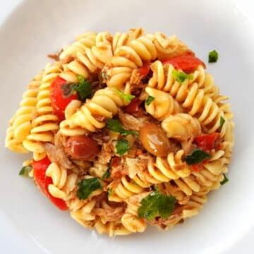 fusilli pasta with canned tuna and black olive pesto