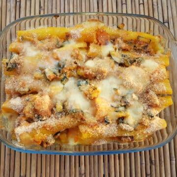 Baked trescatori pasta with pumpkin and zucchini