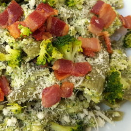Rigatoni pasta with broccoli cream & pancetta