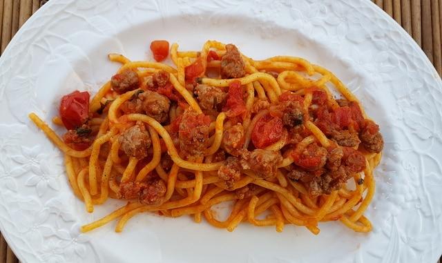 bigoli pasta with luganega sausage