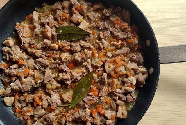 Bigoli pasta with farmyard ragu (di corte)