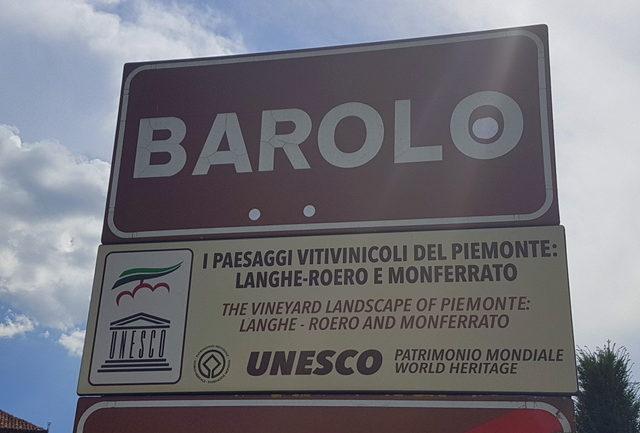 Signpost Barolo, Piemonte