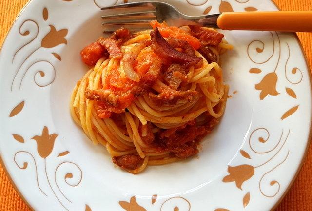 Bucatini or Spaghetti Amatriciana