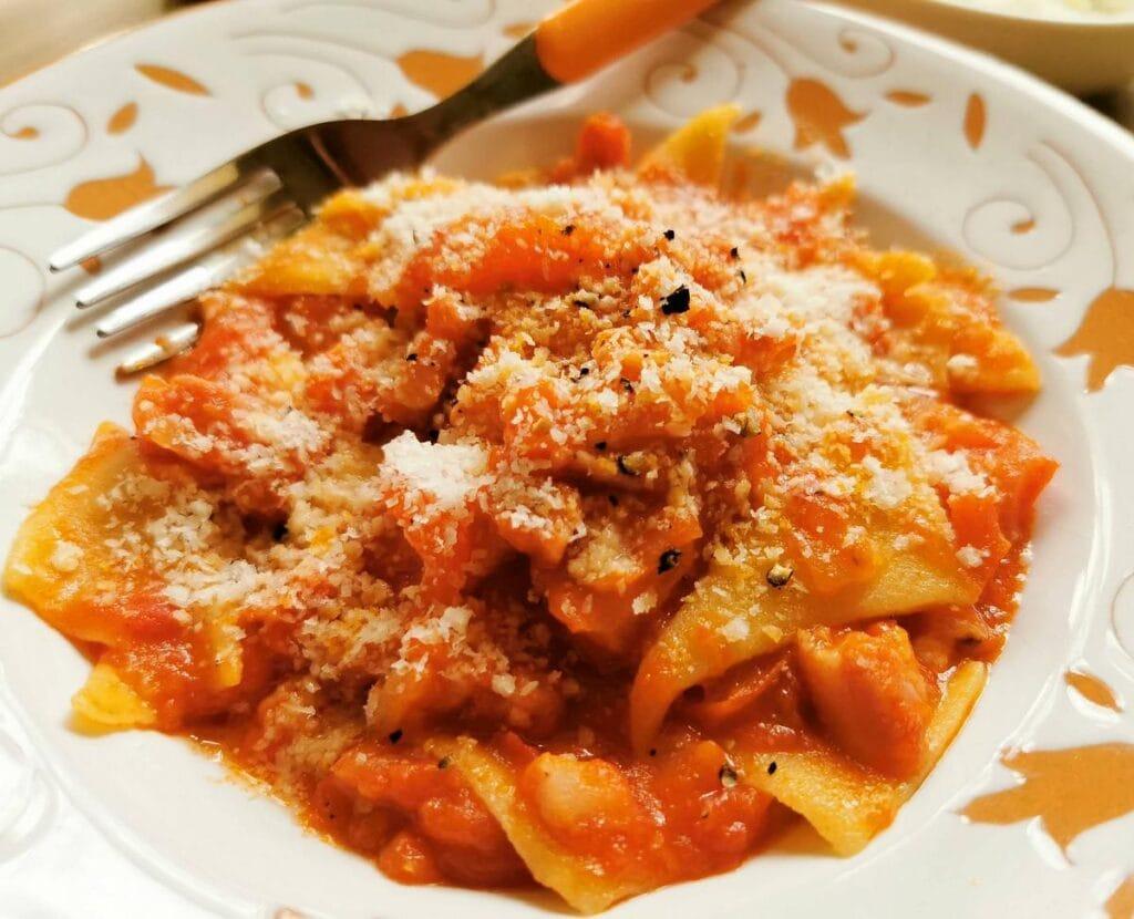 corn and wheat flour pasta triangles (patellette)