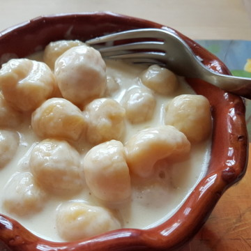 Gnocchi alla Bava; Recipe from the Val d'Aosta