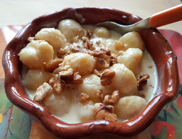 https://www.the-pasta-project.com/wp-content/uploads/Gnocchi-alla-Bava-Recipe-from-the-Val-d%E2%80%99Aosta-7.jpg