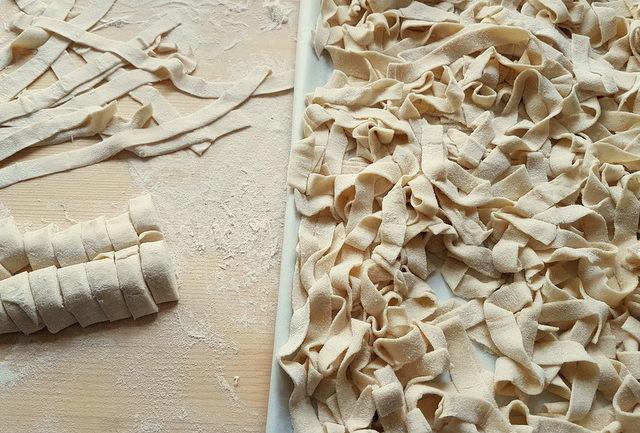 hairy tagliatelle 'tajuli pilusi' from Marche