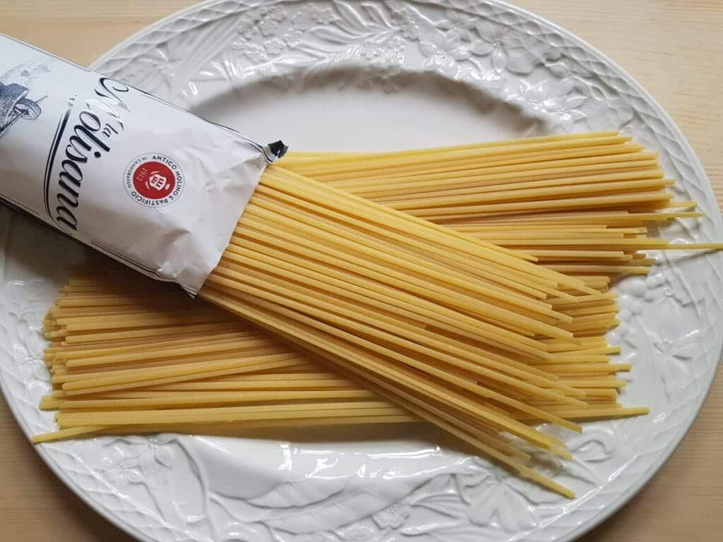 dried linguine pasta made by La Molisana