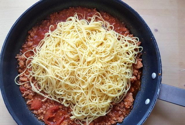 Maccheroncini di Campofilone pasta in frying pan with Marchigiano ragu