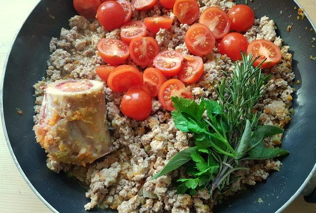 ingredients for Marchigiano ragu in frying pan