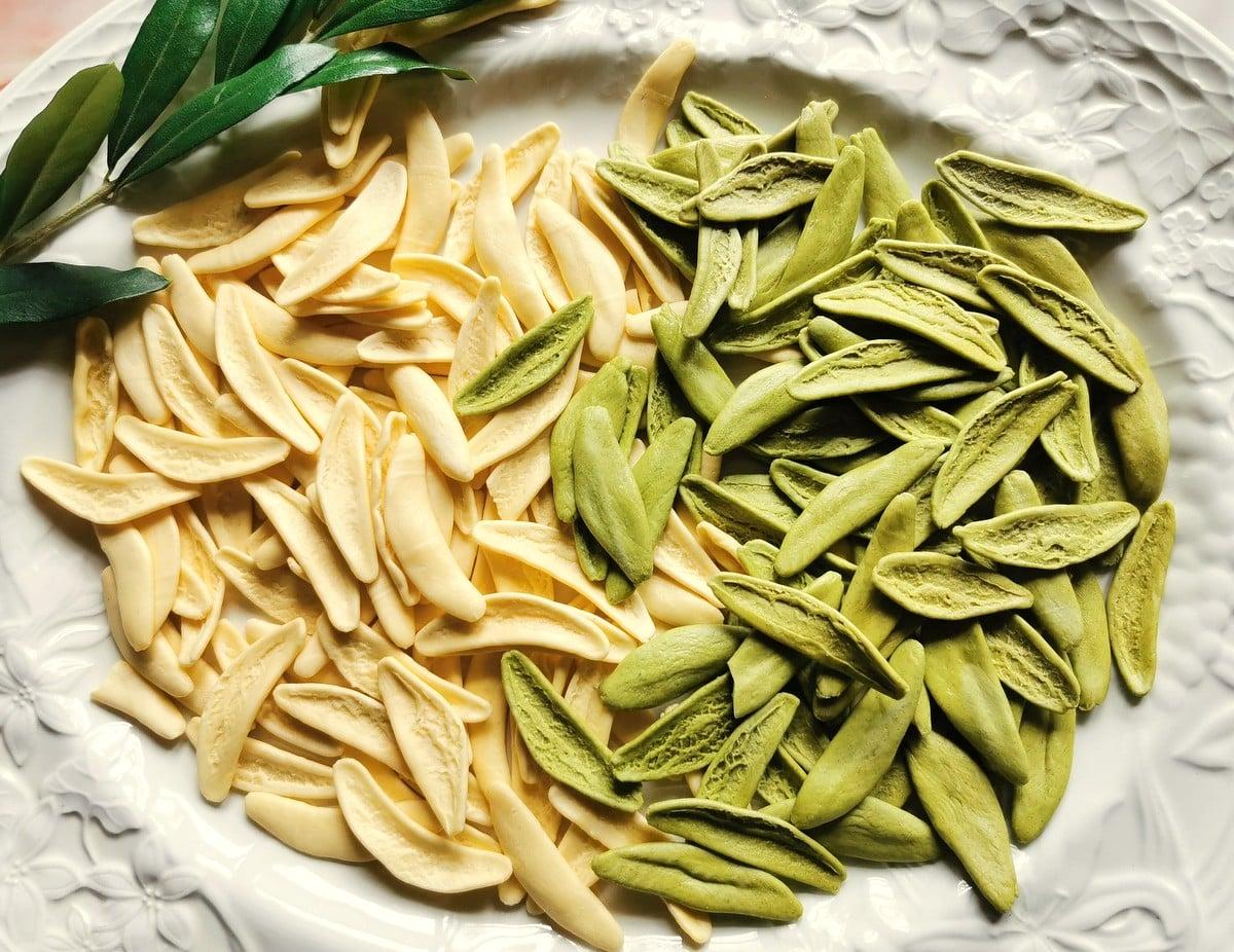 olive leaf pasta