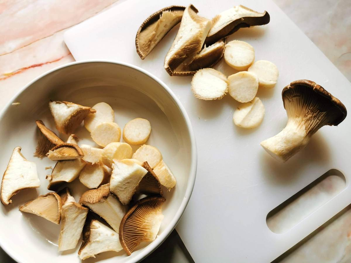 Oyster mushrooms cut into different shapes.
