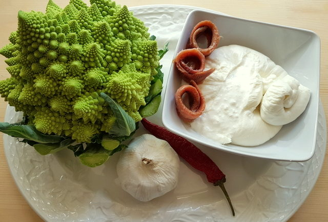 Ingredients for orecchiette pasta with Romanesco broccoli
