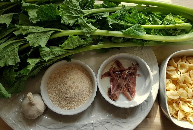 Orecchiette with Broccoli Rabe (rapini) ingredients