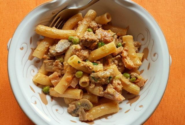 Pasta alla pastora recipe for leftover Bolognese from Alto Adige