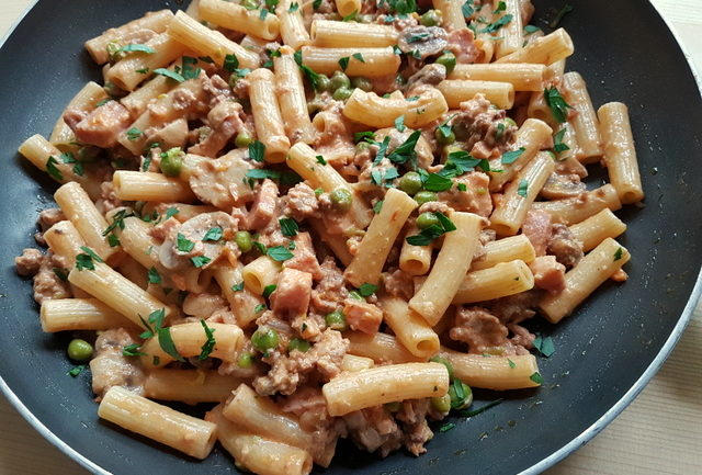 Pasta alla pastora recipe with leftover Bolognese from Alto Adige (South Tyrol)
