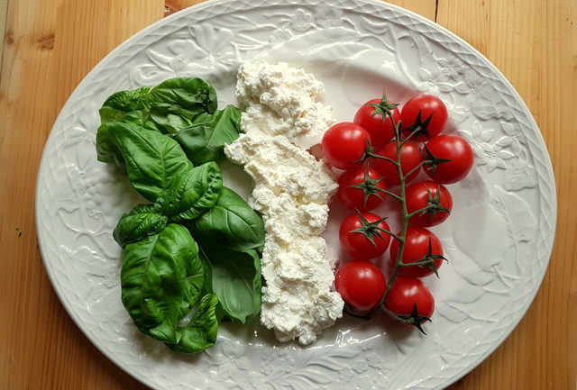 ingredients for pasta with home-made tomato sauce and ricotta