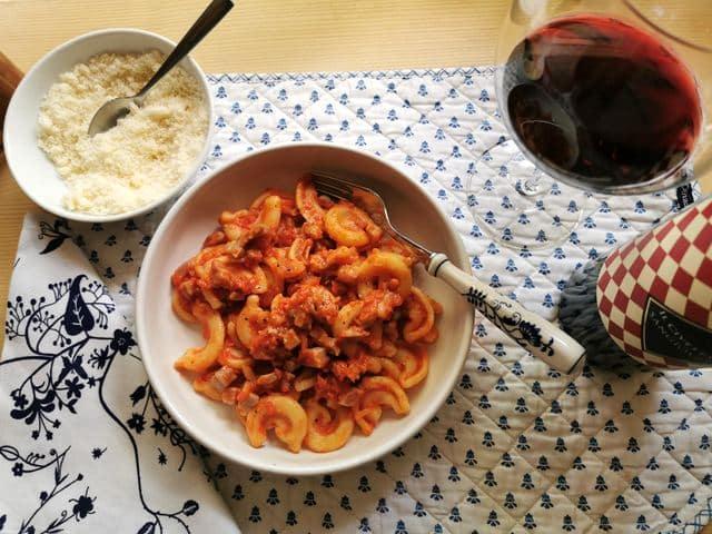 Prosciutto Ragu with Dischi Volanti Recipe