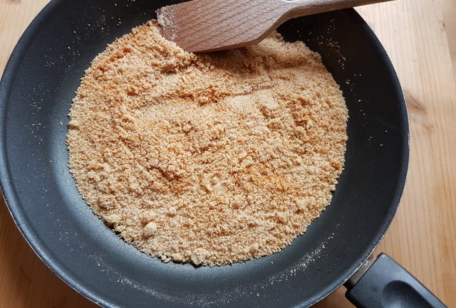 toasted breadcrumbs in frying pan