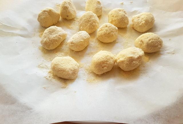 ricotta gnocchi on baking paper