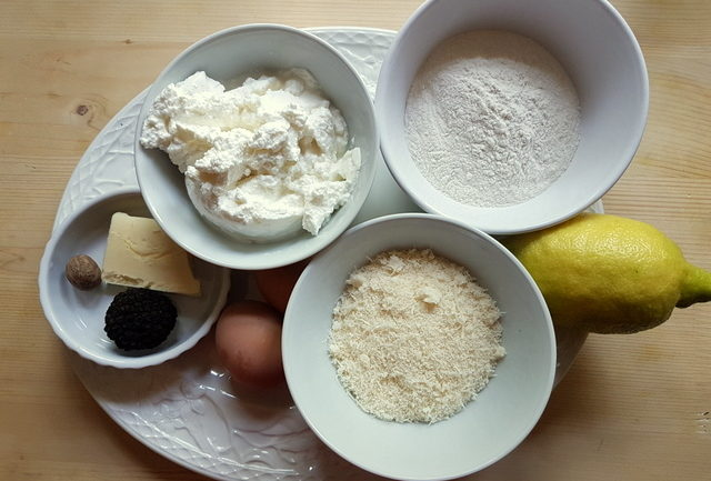 ingredients for ricotta gnudi with black truffle
