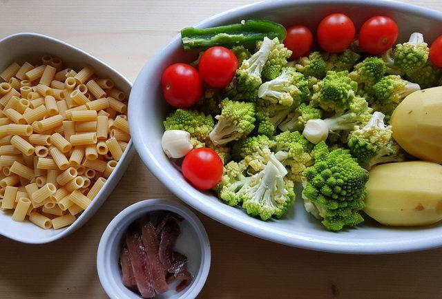 Romanesco broccoli pasta soup prepared ingredients