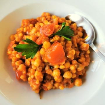 Sardinian fregola with chickpeas