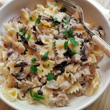 sausage and radicchio pasta recipe with farfalle