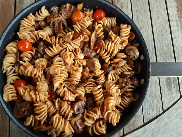 organic wholewheat pasta with nduja and mushrooms