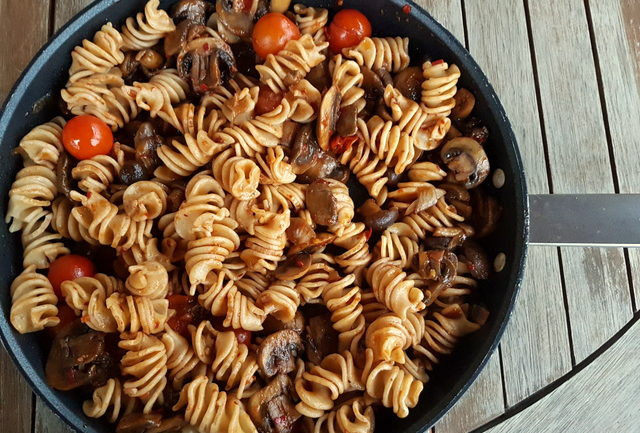 Senatore Cappelli organic whole wheat pasta with Nduja and mushrooms