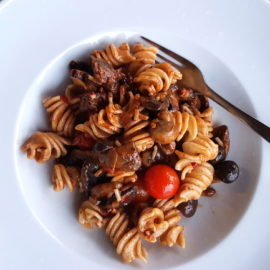 Senatore Cappelli organic whole wheat pasta with Nduja and mushrooms
