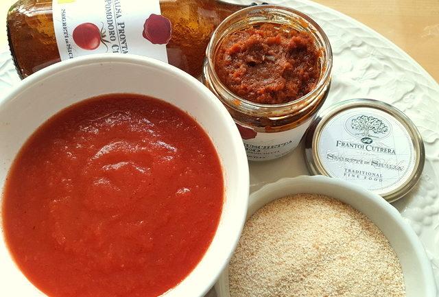 ingredients for Sicilian pesto pasta meal kit with Hyblaean pesto