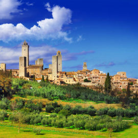 Tuscany the medieval town of san gimigniano