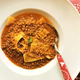 Umbrian lentil soup with pasta