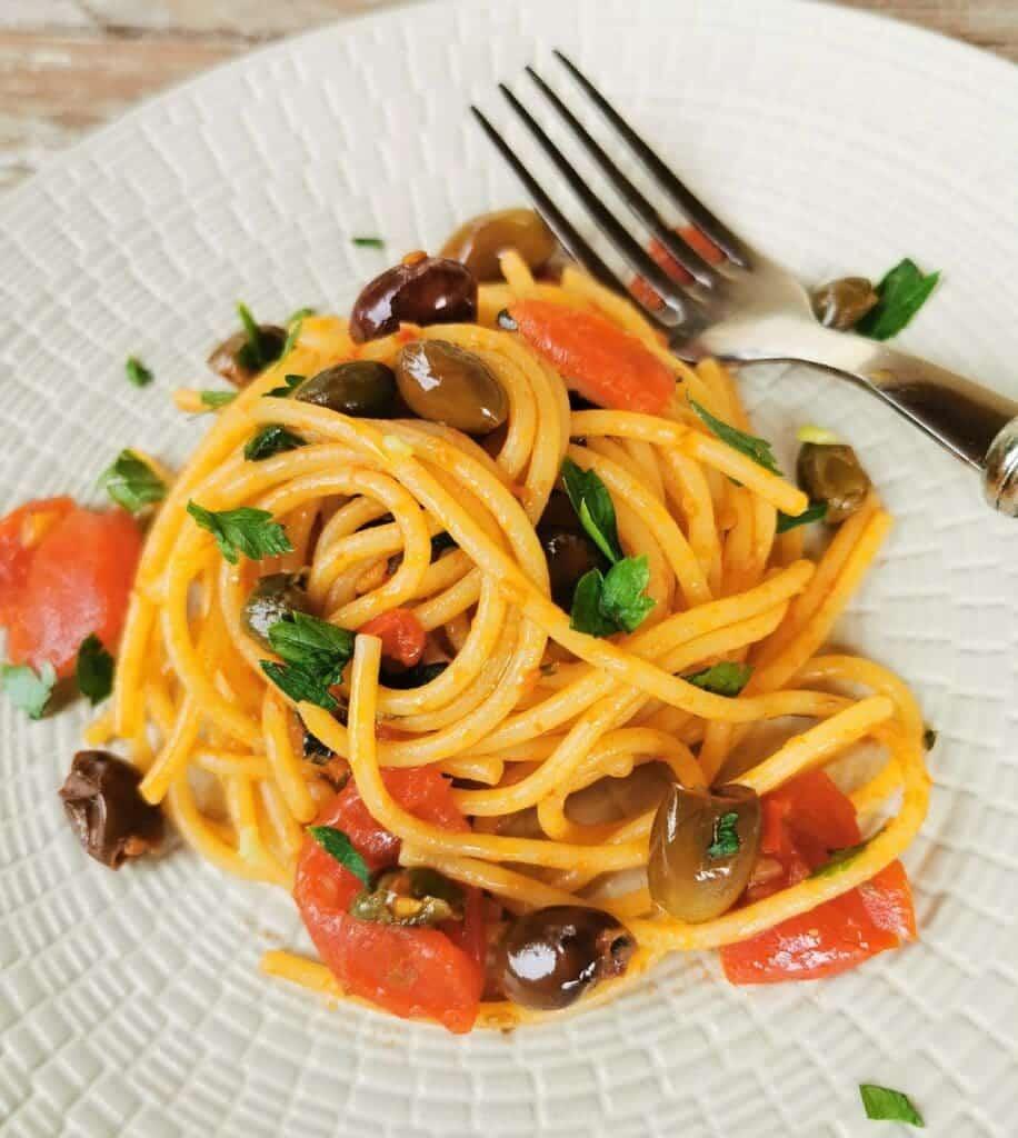 authentic spaghetti alla puttanesca