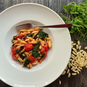 cavatelli pasta with rocket (arugula)