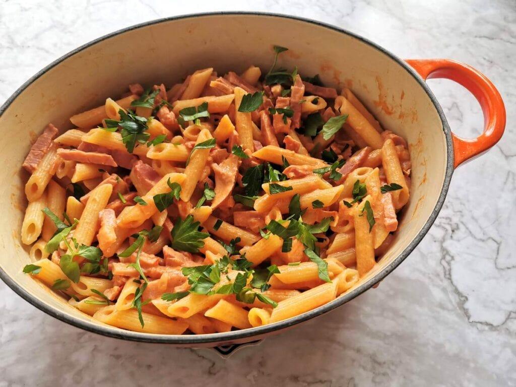 ready to serve creamy ham and tomato penne al baffo