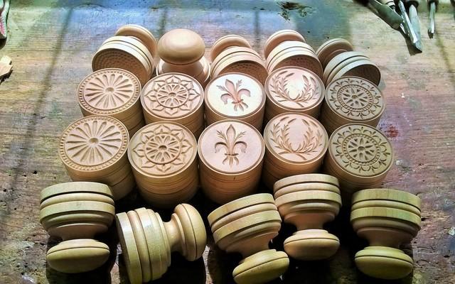 florentine touch corzetti or cruxetti stamps