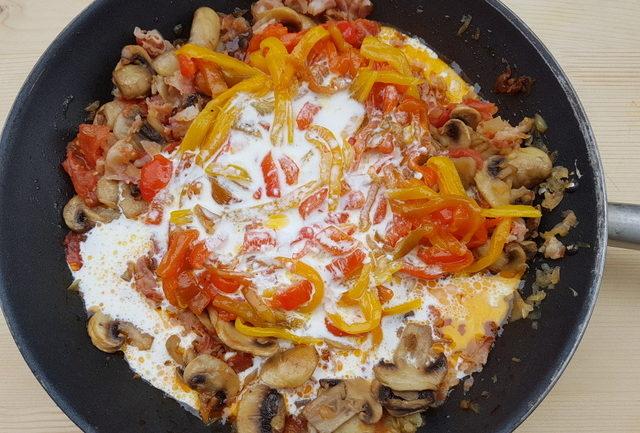 making sauce for garganelli pasta alla zingara