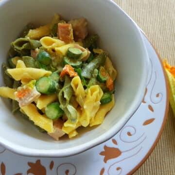 garganelli pasta with zucchini flowers and saffron
